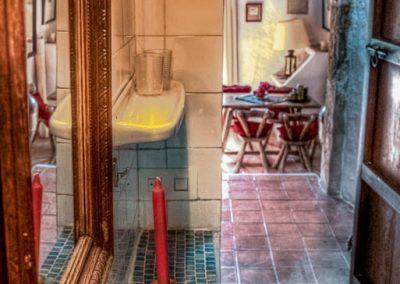 bathroom finca ibiza